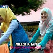 Jilbab In Love-3
