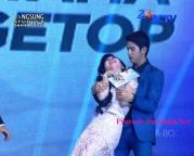 Aliando dan Syahrini SCTV Award 1