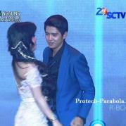 Aliando dan Syahrini SCTV Award