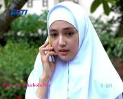 Anna Karina Gilbert Jilbab In Love Episode 14-2