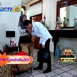 Jilbab In Love Episode 15-1