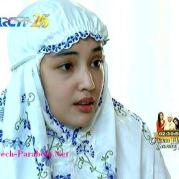 Putri Jilbab In Love 10