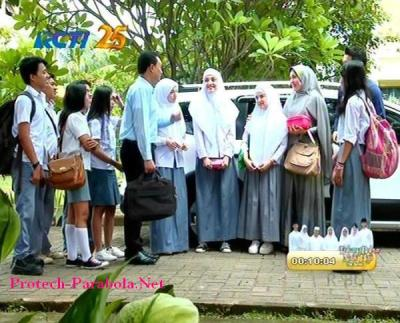 Jilbab In Love Episode 55