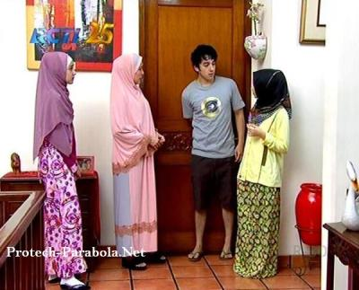 Jilbab In Love Episode 53