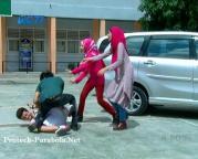 Jilbab In Love Episode 64