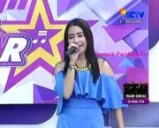 Lagu Prilly Falling In Love di Inbox