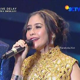 Prilly Liputan 6 Awards 2015